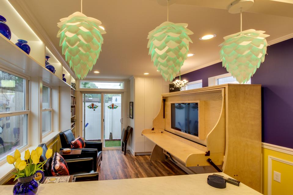 Brewmaster's Cottage - Portland Vacation Rental - Photo 4