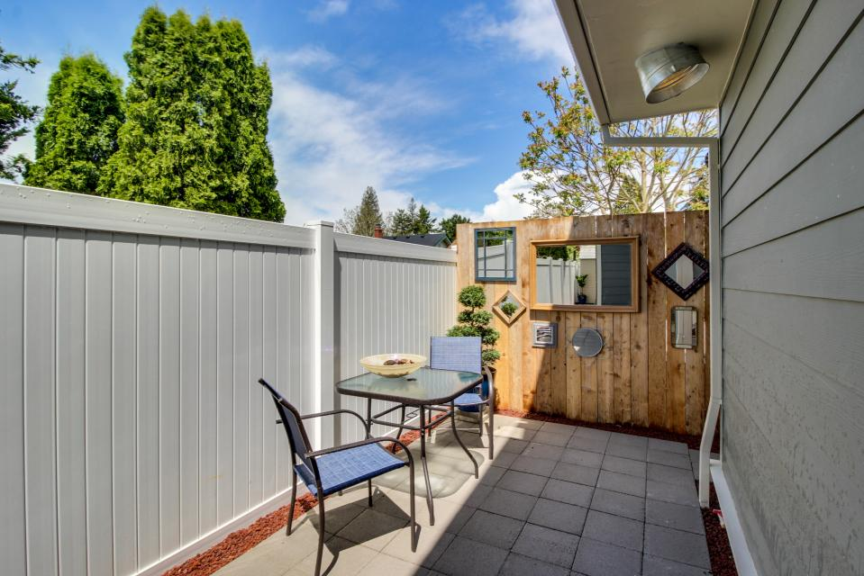 Brewmaster's Cottage - Portland Vacation Rental - Photo 2