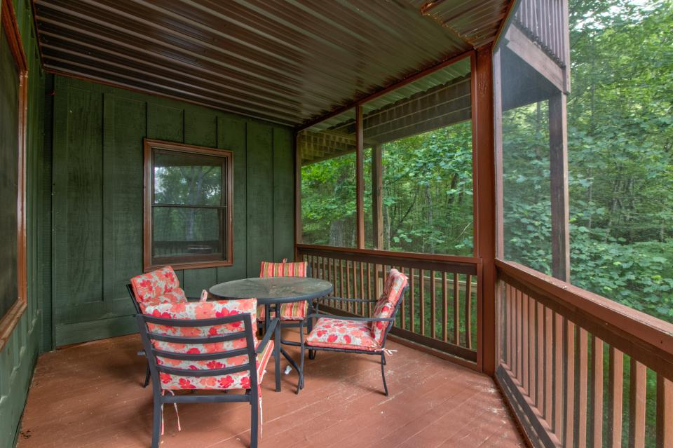 The Bird and  the Bear - Talking Rock Vacation Rental - Photo 38