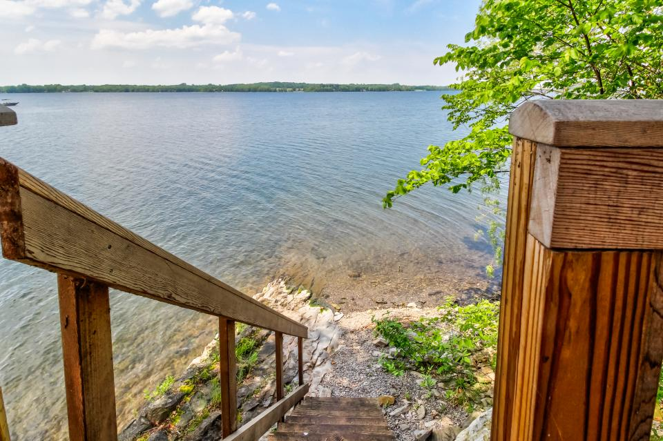 Cozy Cottage - South Hero Vacation Rental - Photo 22