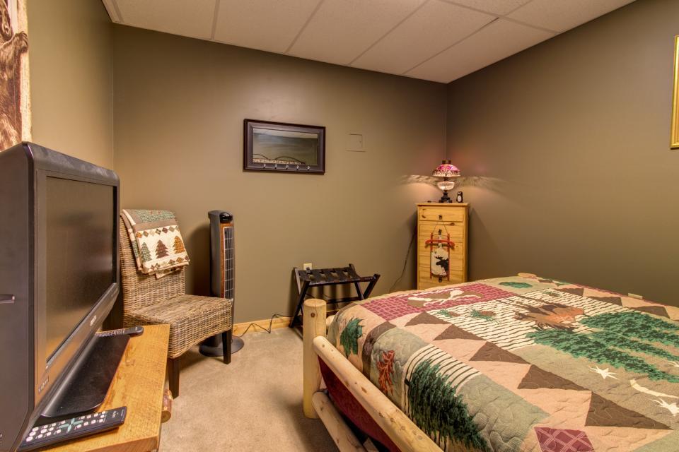 Wilderness Lodge - Ellijay Vacation Rental - Photo 51