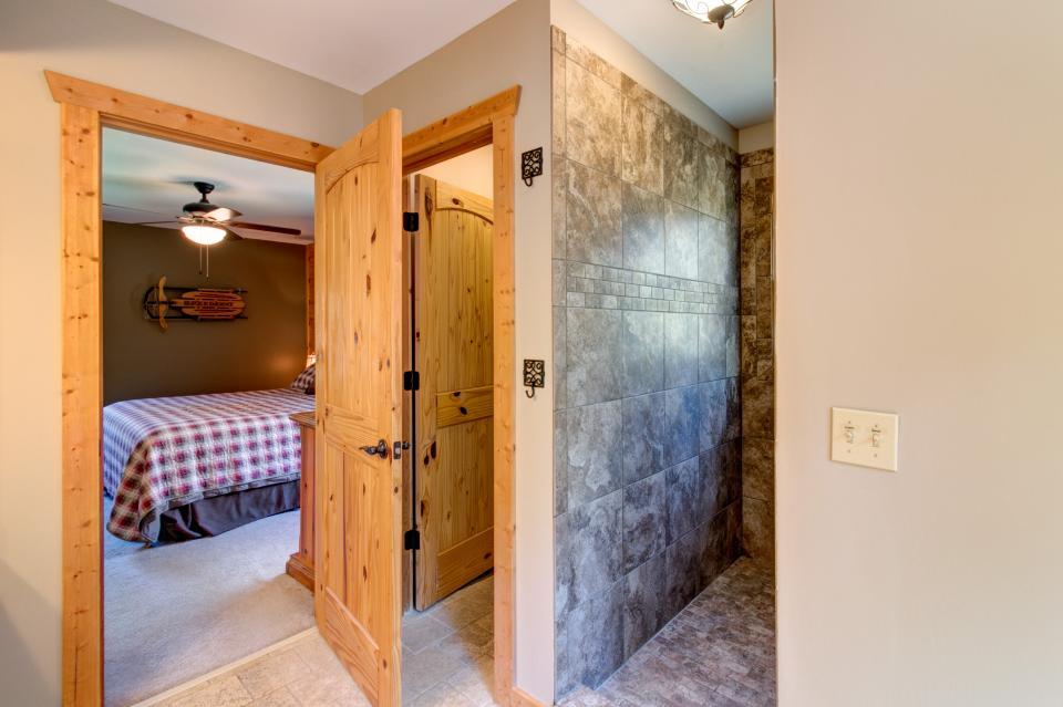 Wilderness Lodge - Ellijay Vacation Rental - Photo 47