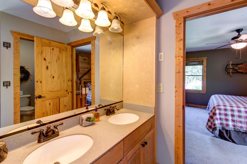 Wilderness Lodge - Ellijay Vacation Rental - Photo 46