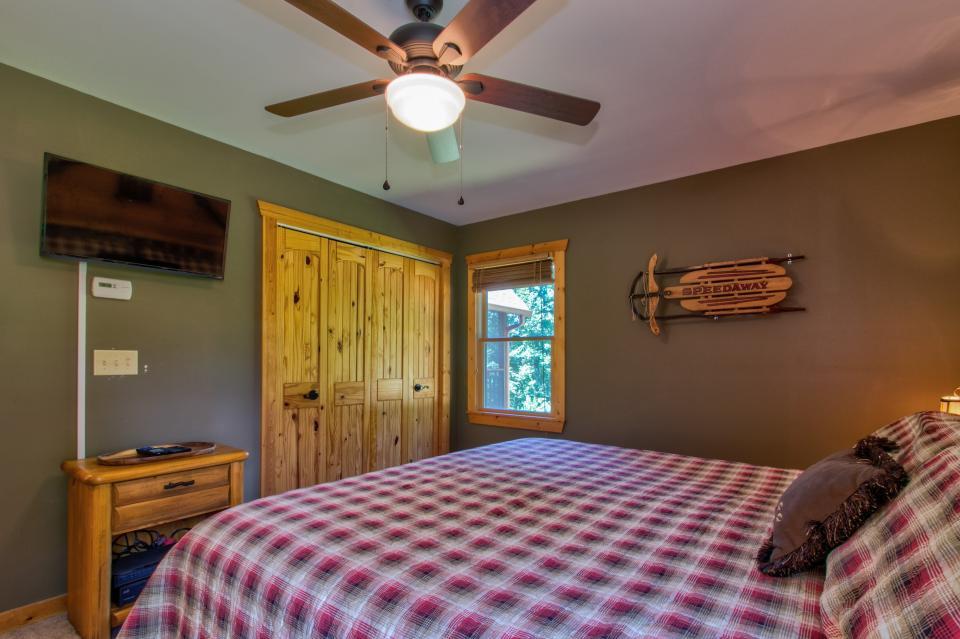 Wilderness Lodge - Ellijay Vacation Rental - Photo 44