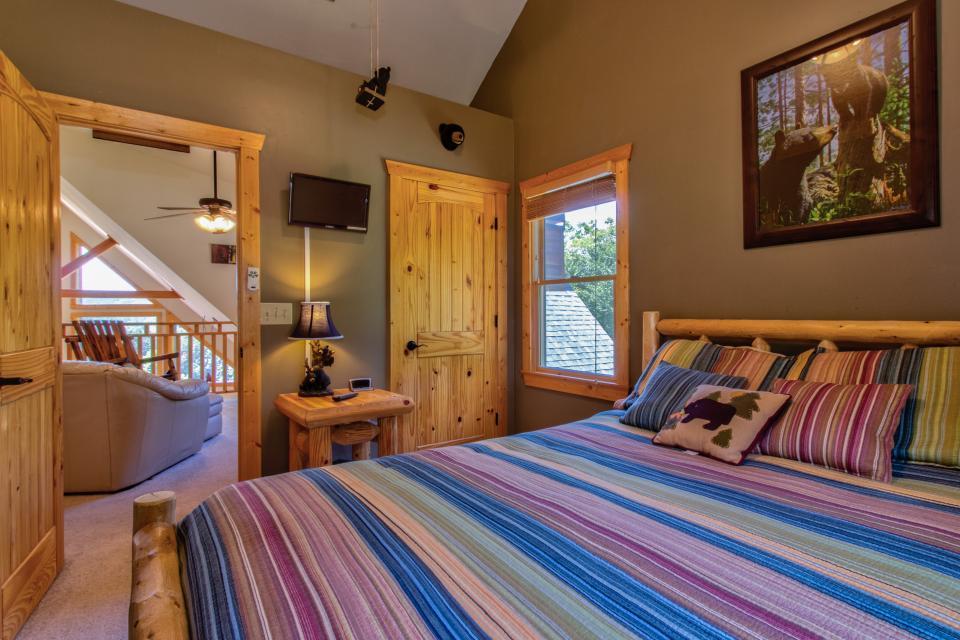 Wilderness Lodge - Ellijay Vacation Rental - Photo 23