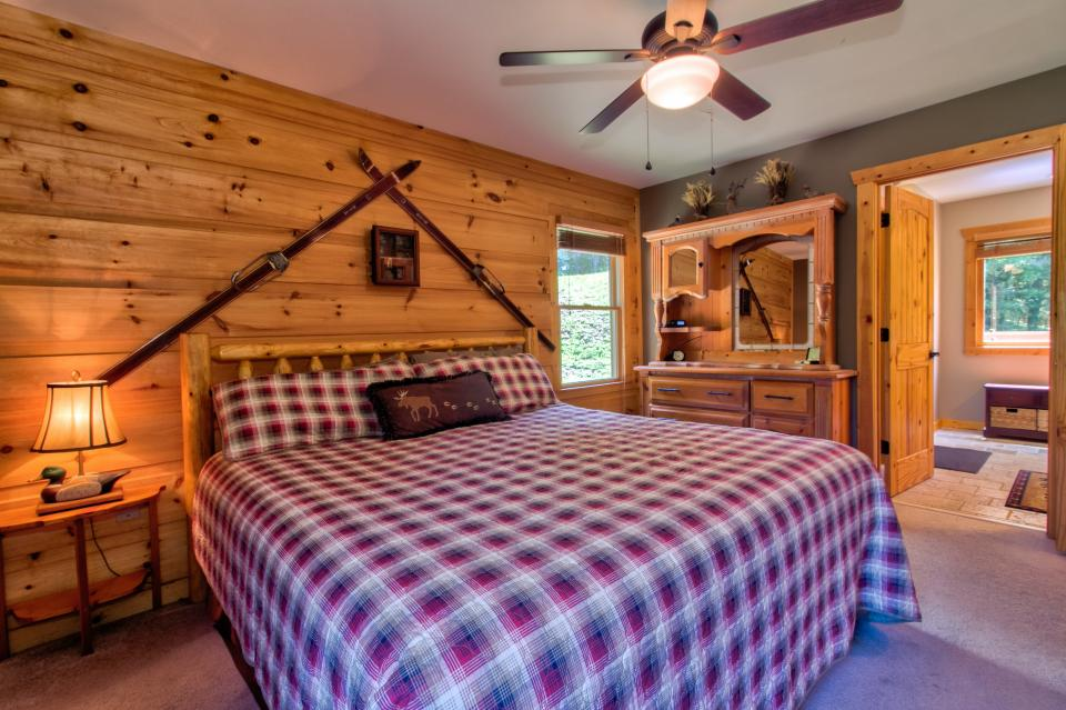 Wilderness Lodge - Ellijay Vacation Rental - Photo 16