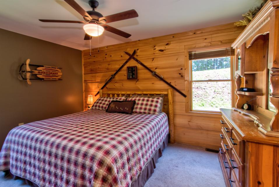Wilderness Lodge - Ellijay Vacation Rental - Photo 17