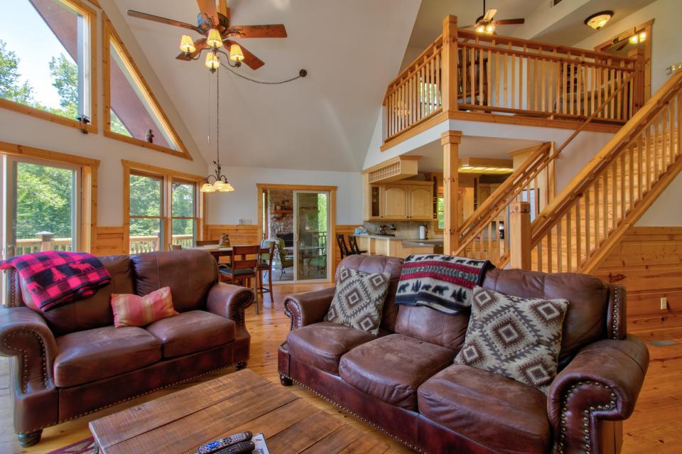 Wilderness Lodge - Ellijay Vacation Rental - Photo 10