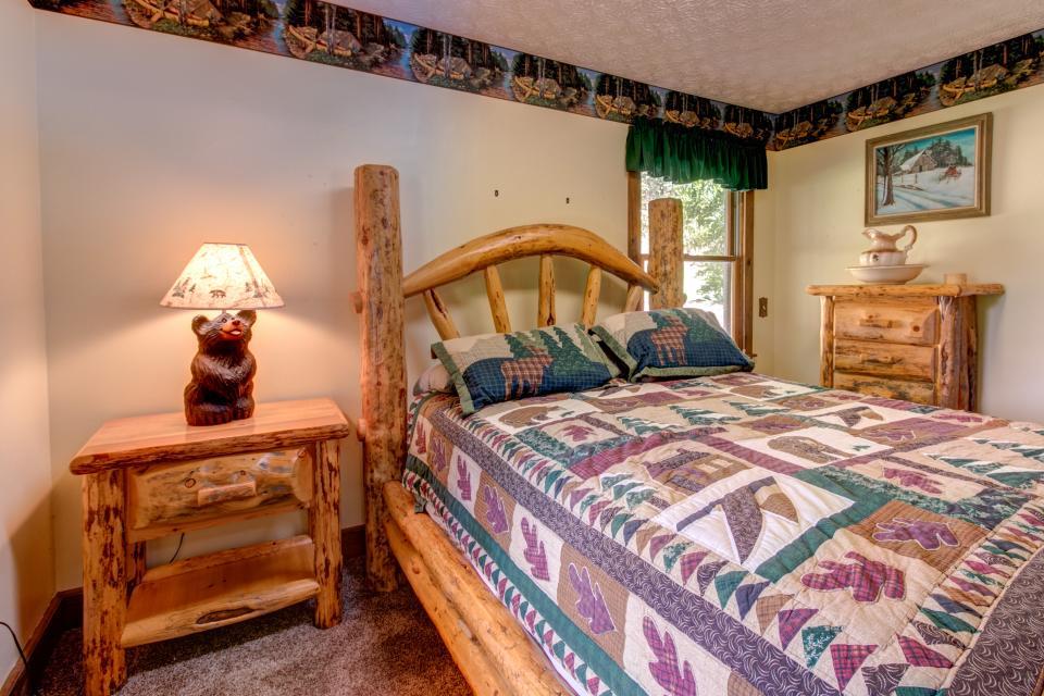 Weeks Creek Lodge - Blue Ridge Vacation Rental - Photo 38