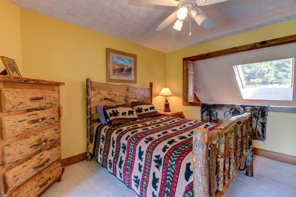 Weeks Creek Lodge - Blue Ridge Vacation Rental - Photo 34