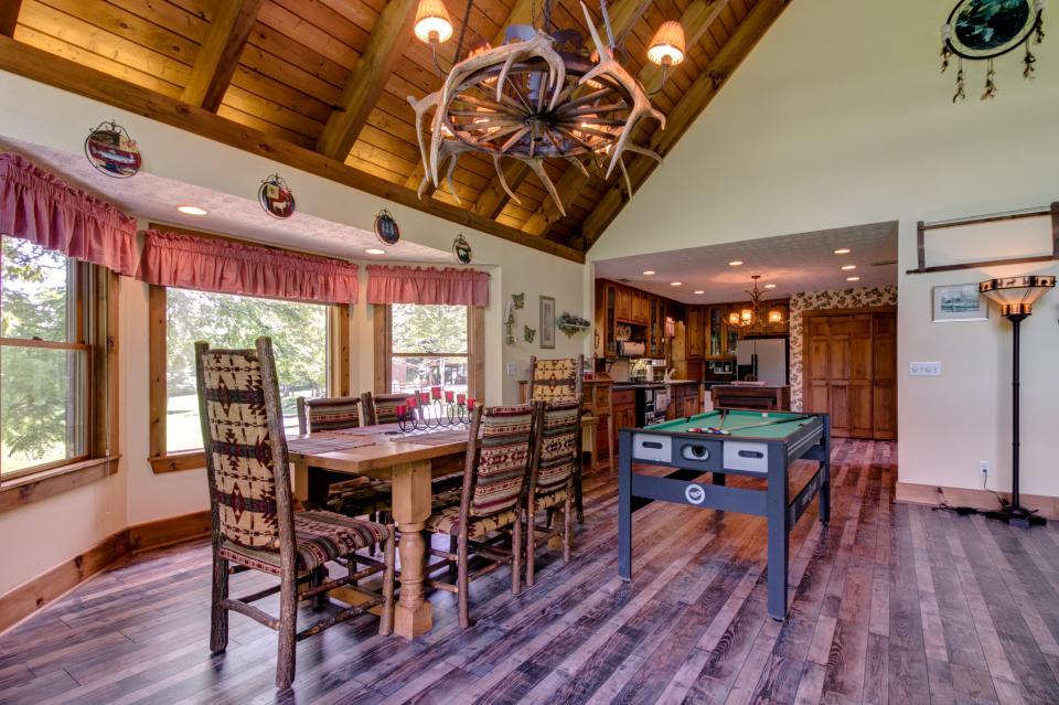 Weeks Creek Lodge - Blue Ridge Vacation Rental - Photo 29