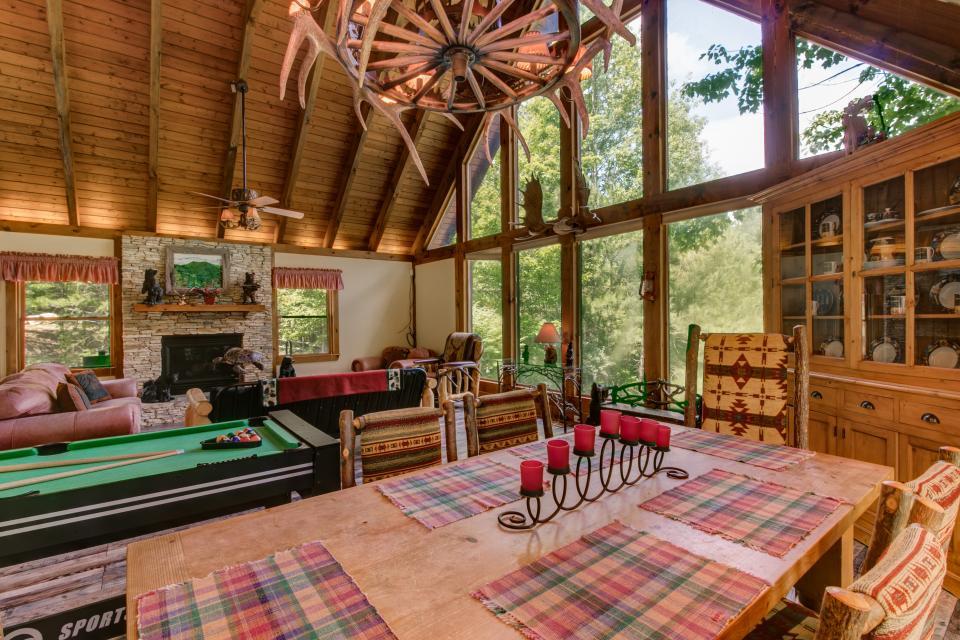 Weeks Creek Lodge - Blue Ridge Vacation Rental - Photo 27