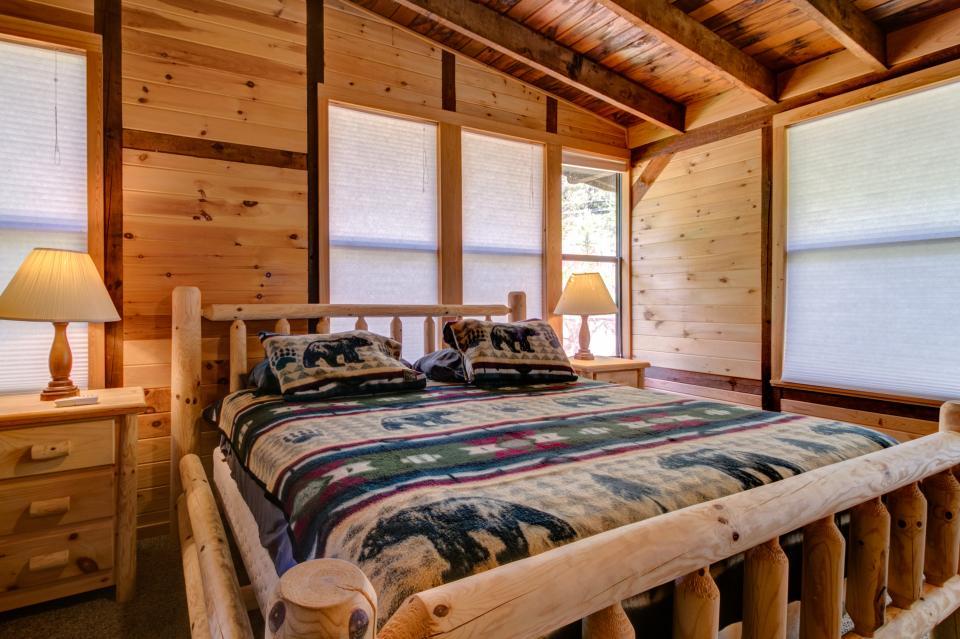 Weeks Creek Lodge - Blue Ridge Vacation Rental - Photo 15
