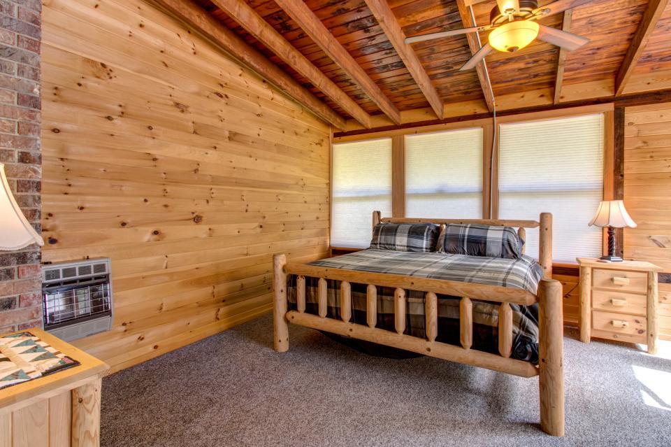 Weeks Creek Lodge - Blue Ridge Vacation Rental - Photo 16