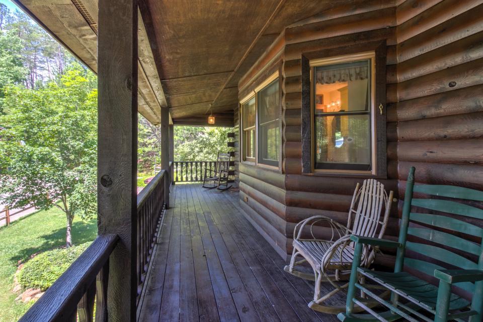 Weeks Creek Lodge - Blue Ridge Vacation Rental - Photo 12