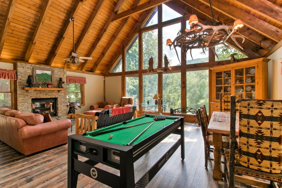 Weeks Creek Lodge - Blue Ridge Vacation Rental - Photo 26