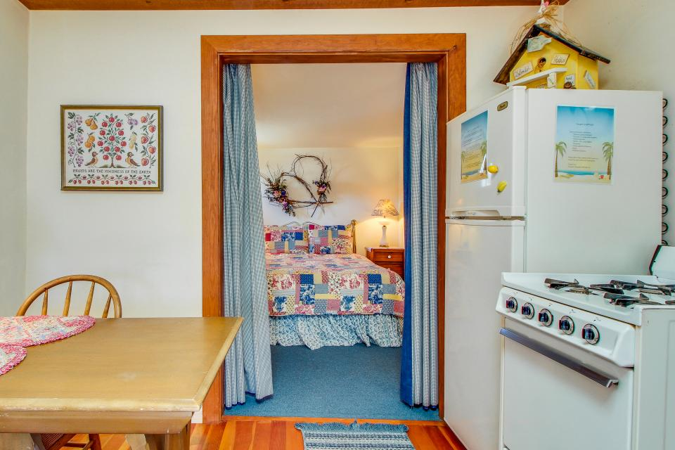Carriage House - Cayucos Vacation Rental - Photo 7