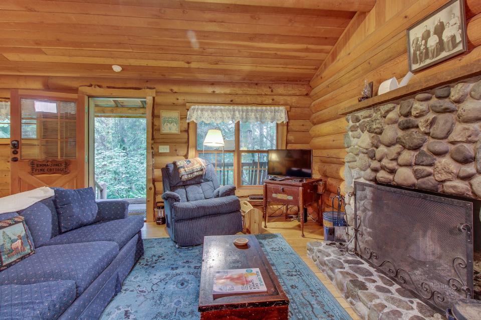 Tennessee - Greenbank Vacation Rental - Photo 3