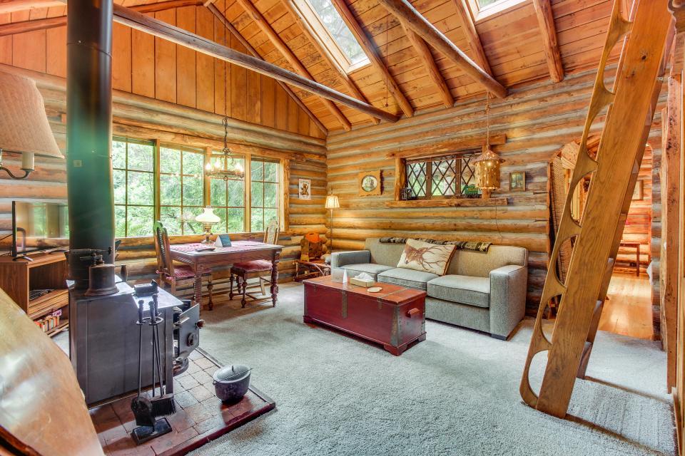 Log Cabin - Greenbank Vacation Rental - Photo 5