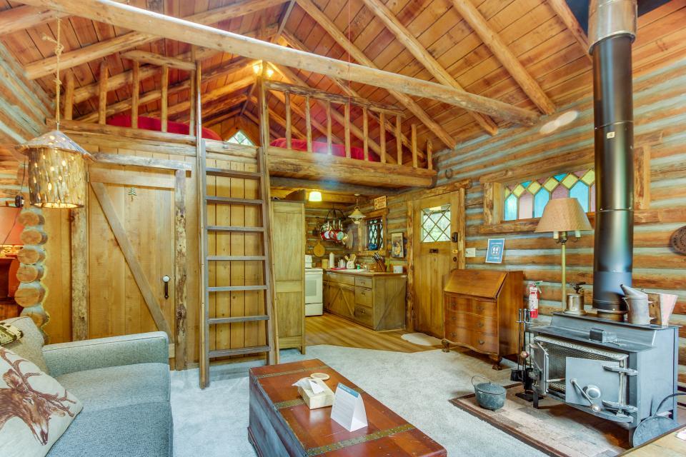 Log Cabin - Greenbank Vacation Rental - Photo 4