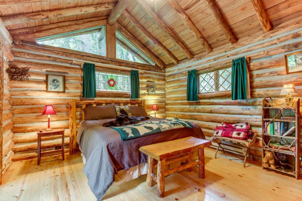 Log Cabin - Greenbank Vacation Rental - Photo 17