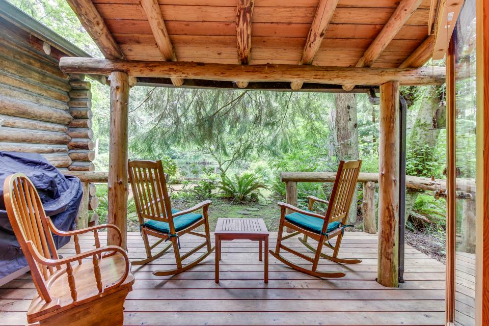 Log Cabin - Greenbank Vacation Rental - Photo 20
