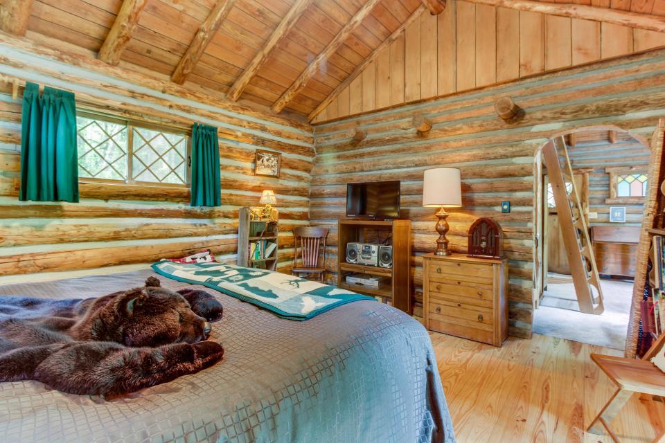 Log Cabin - Greenbank Vacation Rental - Photo 19