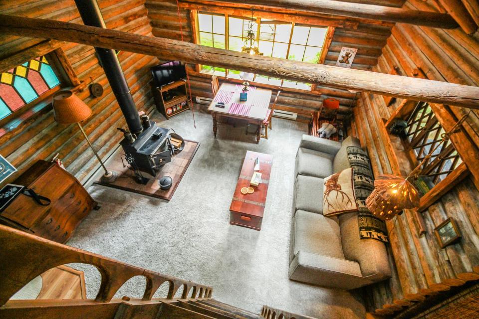 Log Cabin - Greenbank Vacation Rental - Photo 6