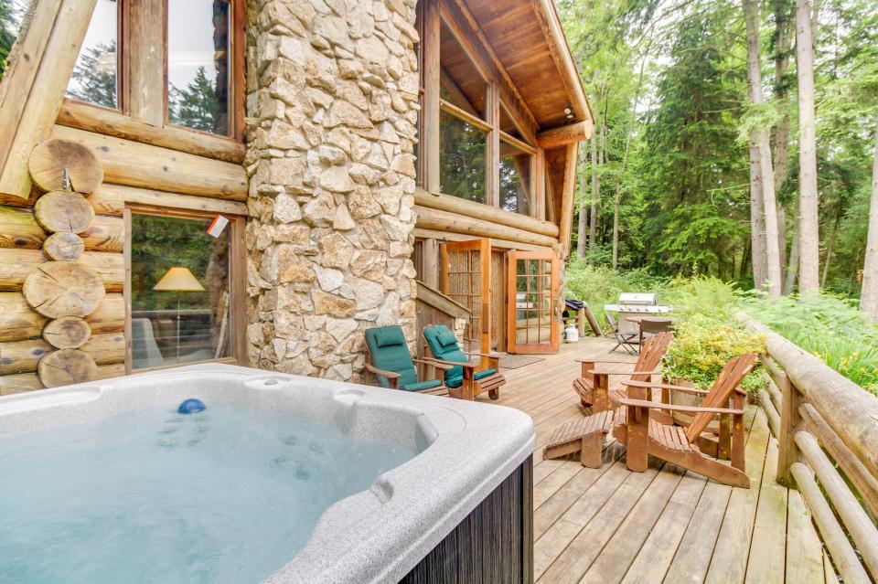 The Lodge - Greenbank Vacation Rental - Photo 2