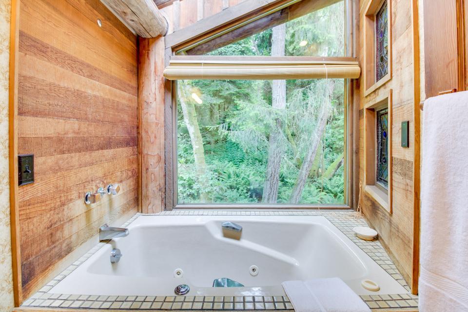 The Lodge - Greenbank Vacation Rental - Photo 28