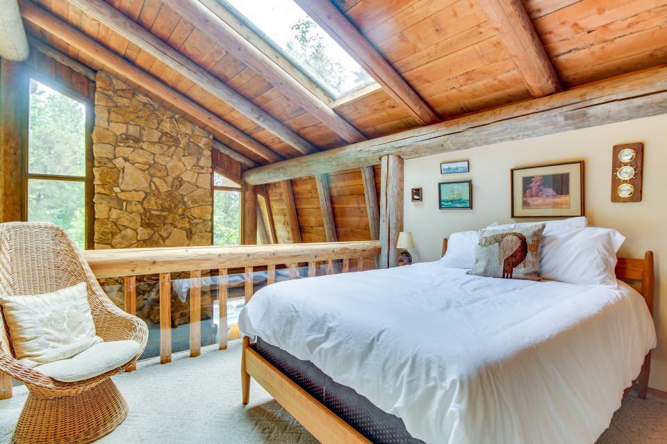 The Lodge - Greenbank Vacation Rental - Photo 24