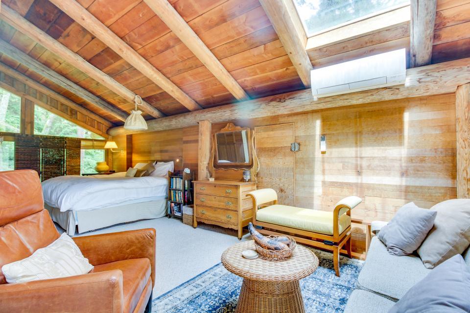 The Lodge - Greenbank Vacation Rental - Photo 23
