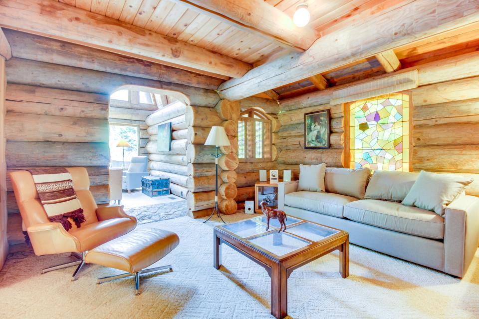 The Lodge - Greenbank Vacation Rental - Photo 20