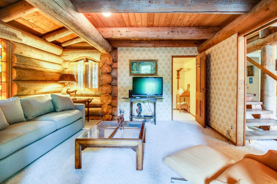 The Lodge - Greenbank Vacation Rental - Photo 19