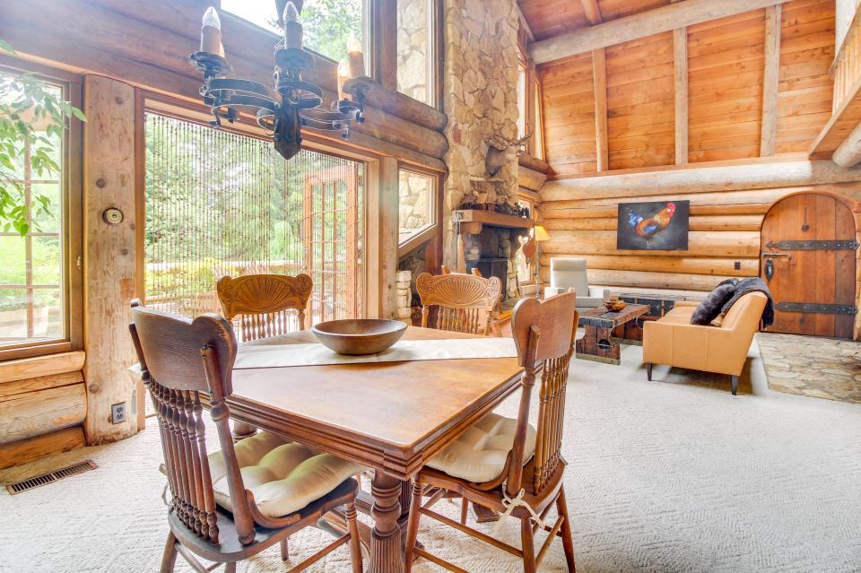 The Lodge - Greenbank Vacation Rental - Photo 16