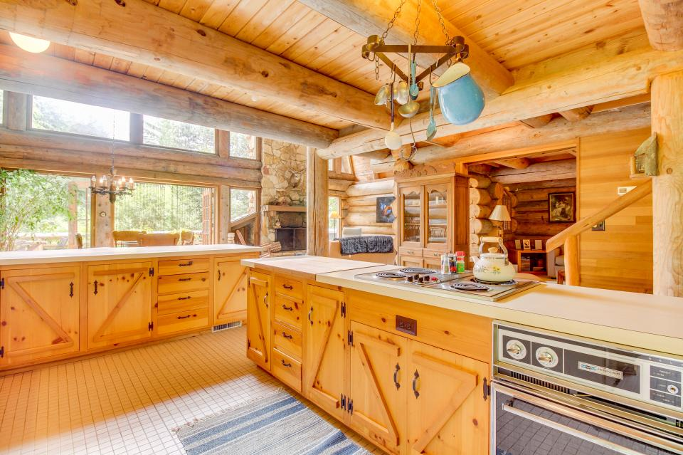 The Lodge - Greenbank Vacation Rental - Photo 14