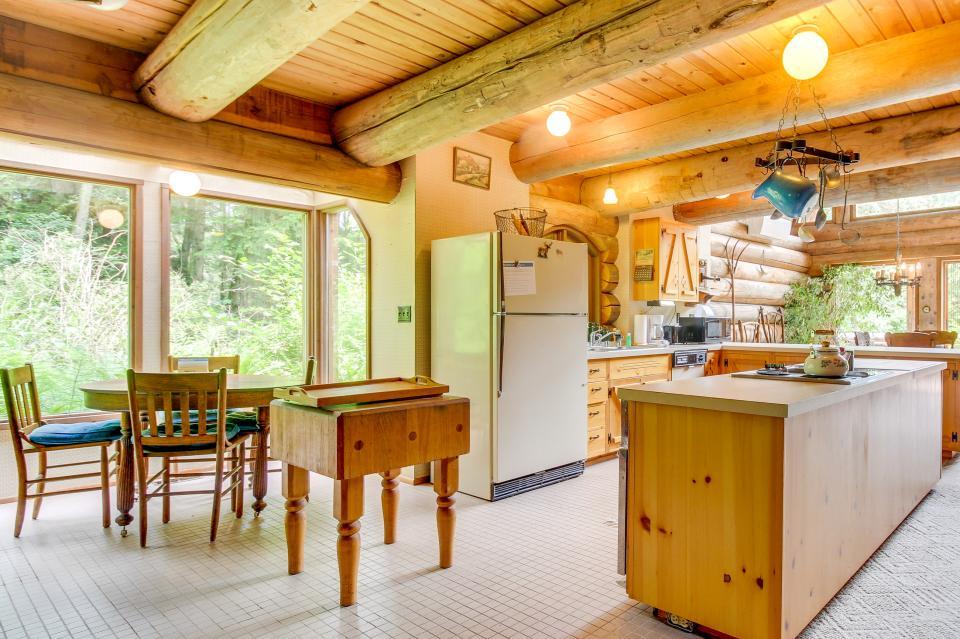 The Lodge - Greenbank Vacation Rental - Photo 12