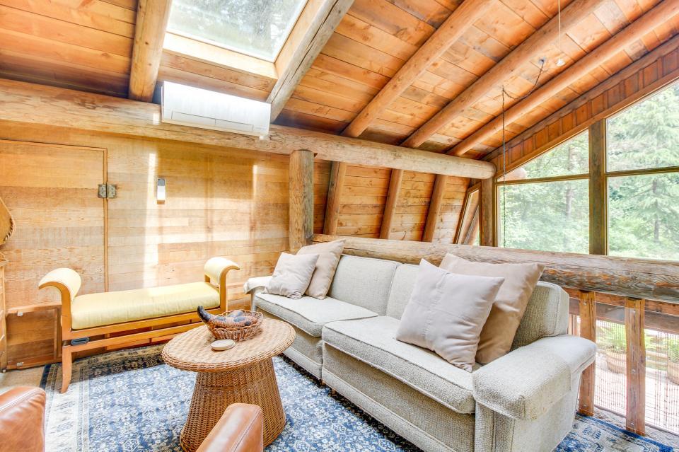 The Lodge - Greenbank Vacation Rental - Photo 9