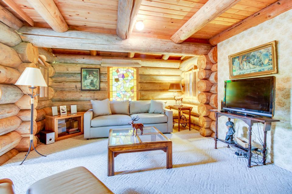 The Lodge - Greenbank Vacation Rental - Photo 8