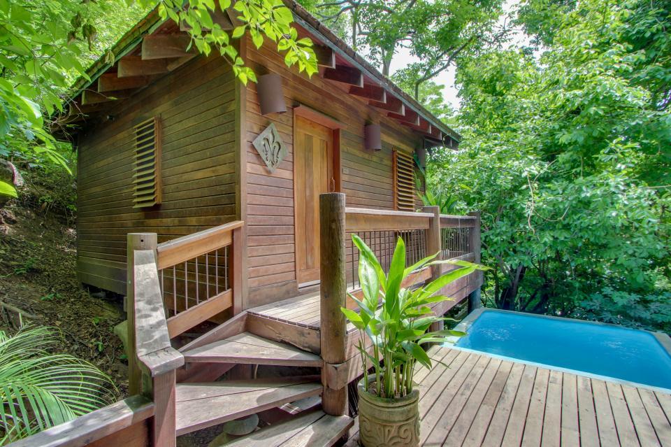 Aqua: Casa Quetzal Tree House Luxury Suite   1 BD Vacation Rental ...