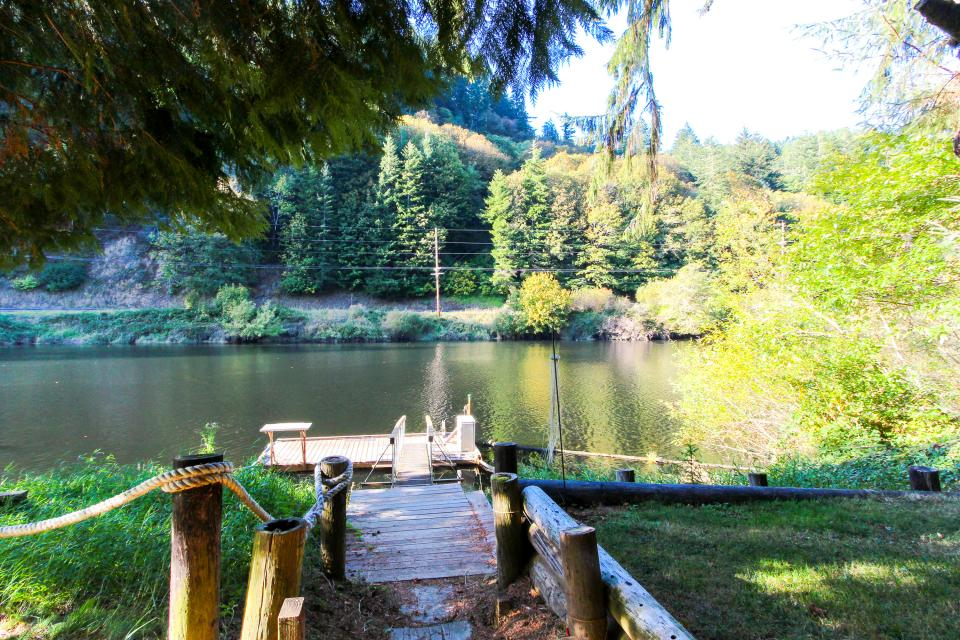 Alsea River Fishing Cabin 1 Bd Vacation Rental In Waldport Or Vacasa