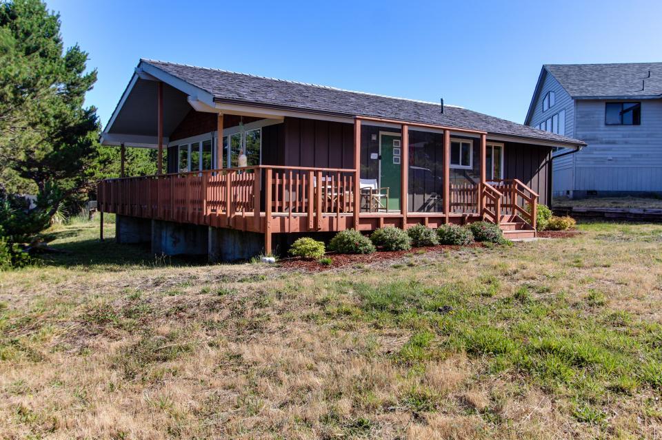 Tradewinds Cottage - Waldport Vacation Rental - Photo 23