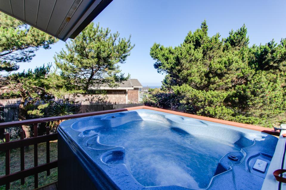 Tradewinds Cottage - Waldport Vacation Rental - Photo 20