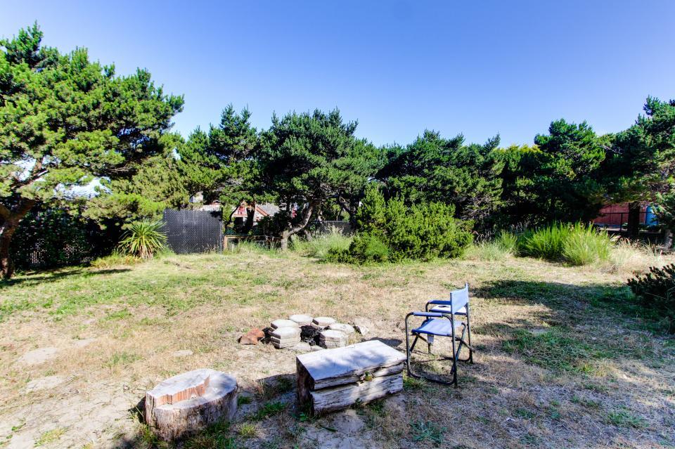 Tradewinds Cottage - Waldport Vacation Rental - Photo 22