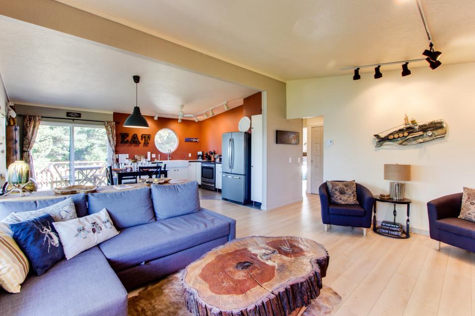 Tradewinds Cottage - Waldport Vacation Rental - Photo 7