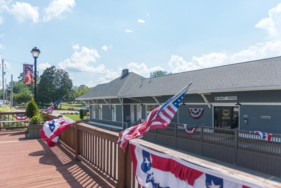 Weeks Creek Lodge - Blue Ridge Vacation Rental - Photo 48
