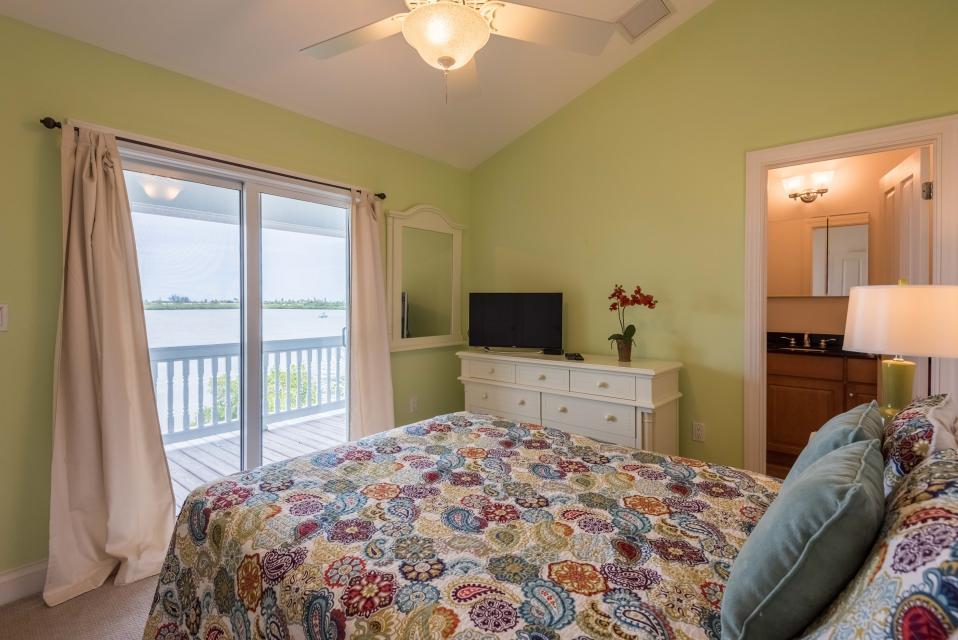 Coastal Comfort @ Key Cove - Key West Vacation Rental - Photo 23