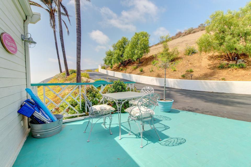 Ocean Sunsets Suite + Malibu Beachcomber Bungalow - Malibu Vacation Rental - Photo 4