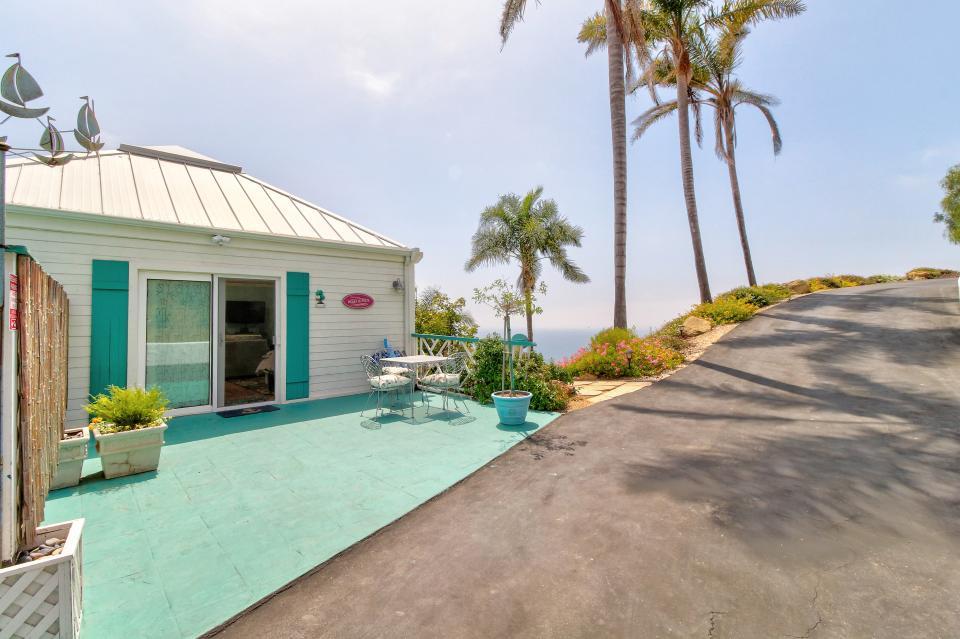 Ocean Sunsets Suite + Malibu Beachcomber Bungalow - Malibu Vacation Rental - Photo 21