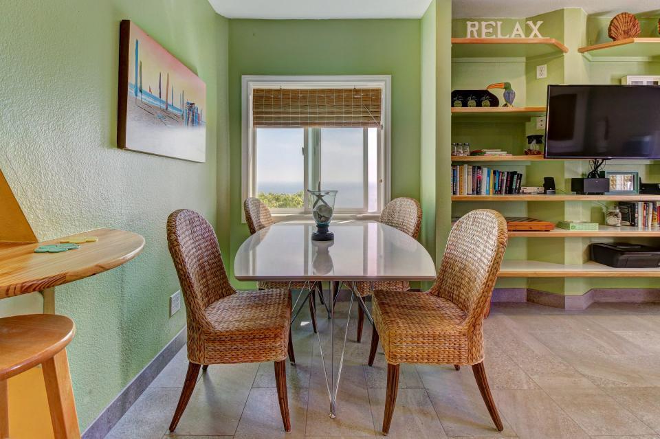 Ocean Sunsets Suite + Malibu Beachcomber Bungalow - Malibu Vacation Rental - Photo 26